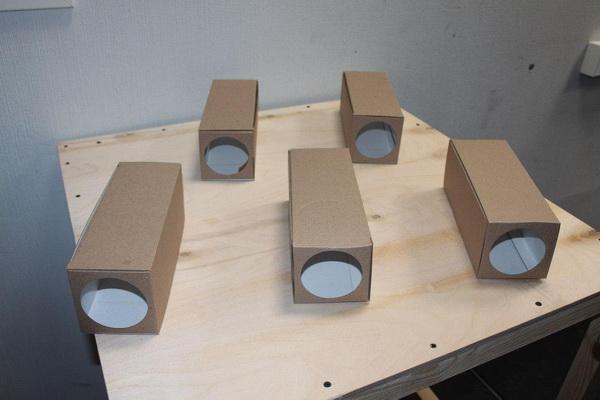 Картонная ловушка -домик для крыс и мышей